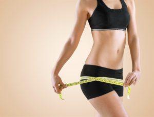 Fett wird bei Frauen besonders stark in der Hüfte gelagert.