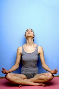 Yoga ist nicht nur gut für den Geist sondern dehnt auch alle Muskeln im Körper.
